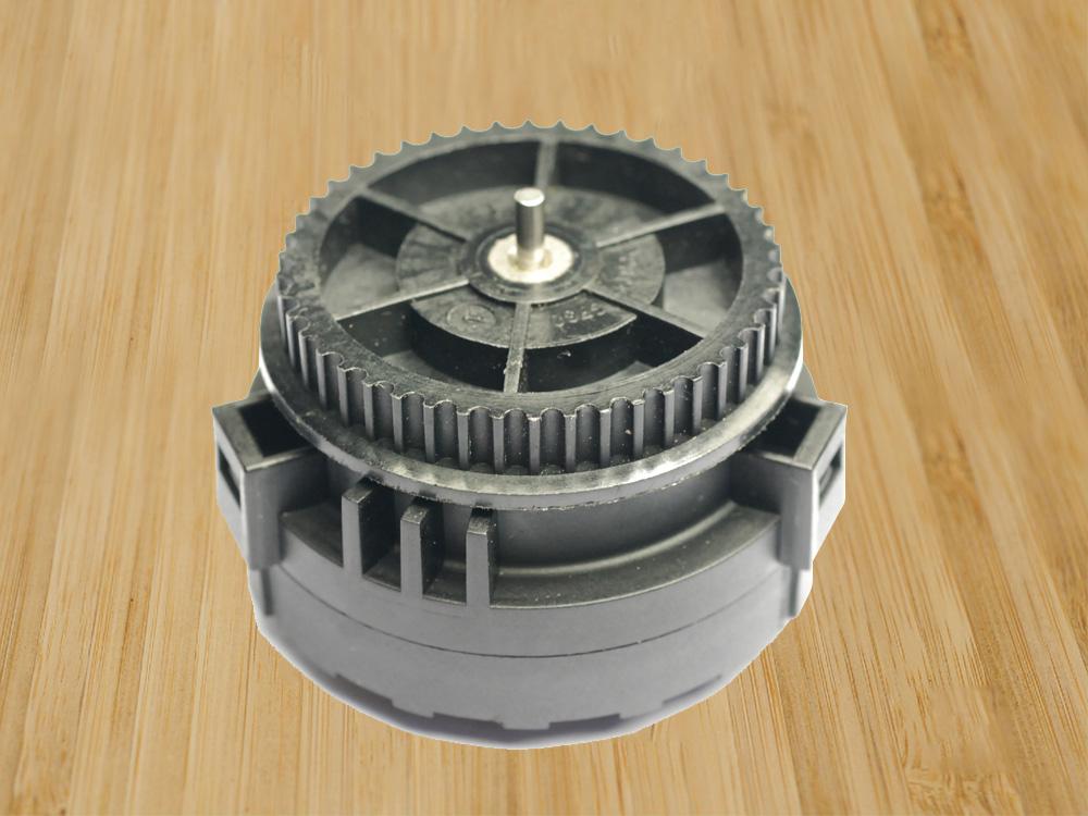解决方案:产品噪音及齿轮箱在使用过程中齿轮损坏 取得成效:解决小体积大力矩的难点及齿轮箱的噪音问题,整体的齿轮及齿形做了修正保证产品的噪音及震动过程中对这个模组性能的影响      以上EPS电子驻车系统齿轮箱为特定客户开发设计,只作为齿轮箱的方案展示。兆威机电可以根据客户的特殊需求做产品的设计、开发及生产,不单独销售。