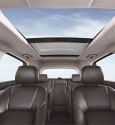 汽车全景式滑动天窗齿轮箱方案