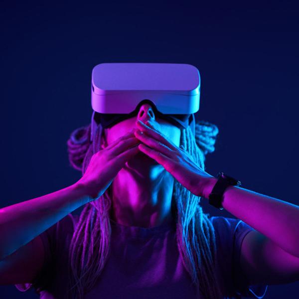 VR眼镜调节齿轮箱解决方案