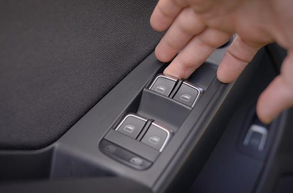汽车摇窗蜗轮蜗杆减速电机